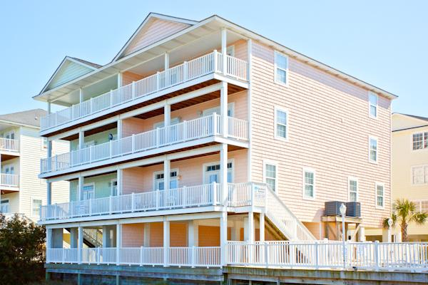 8 BR Beach House with 16 Beds
