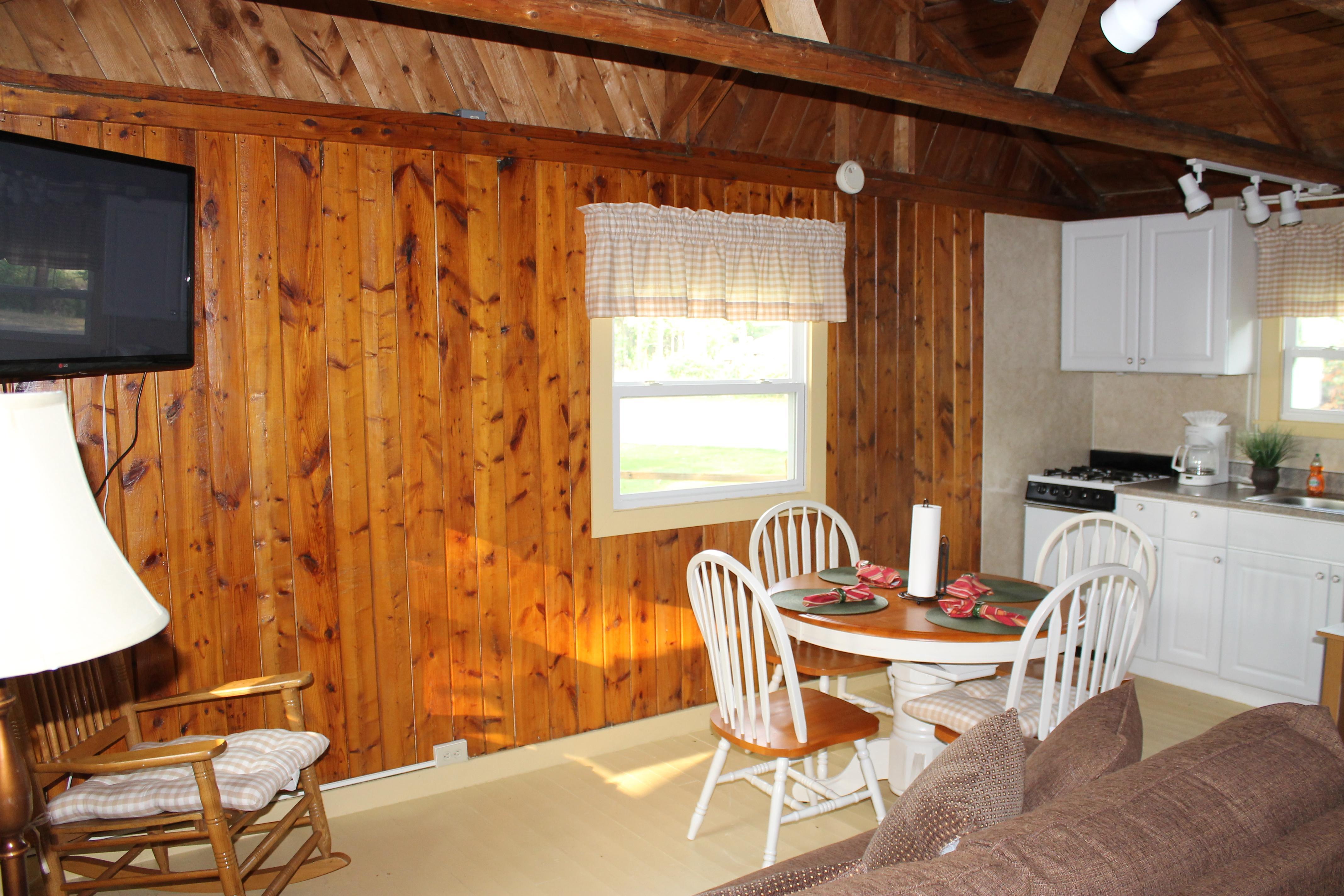 Cabin 4 – Parkside Resort Gaylord Michigan