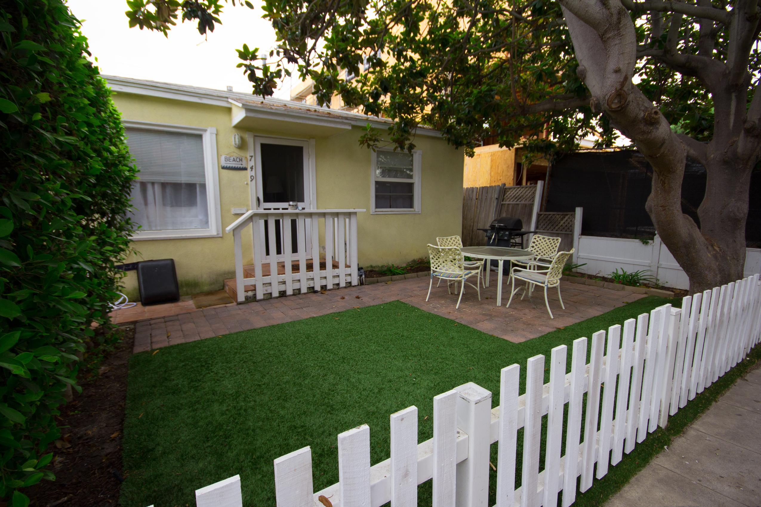 beach side bungalow mission vacation