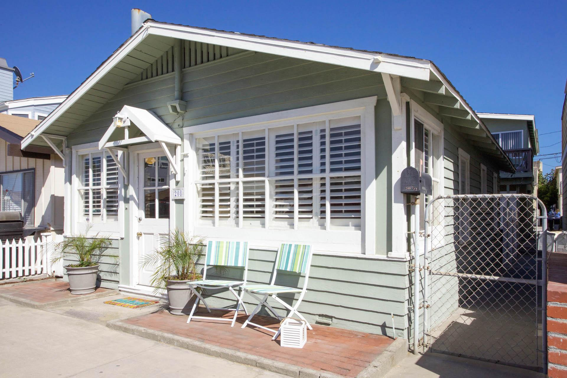 Block Th Street Newport Beach