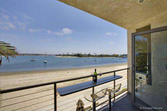 #136 Bayfront Mission Beach San Diego 5 star Beauty