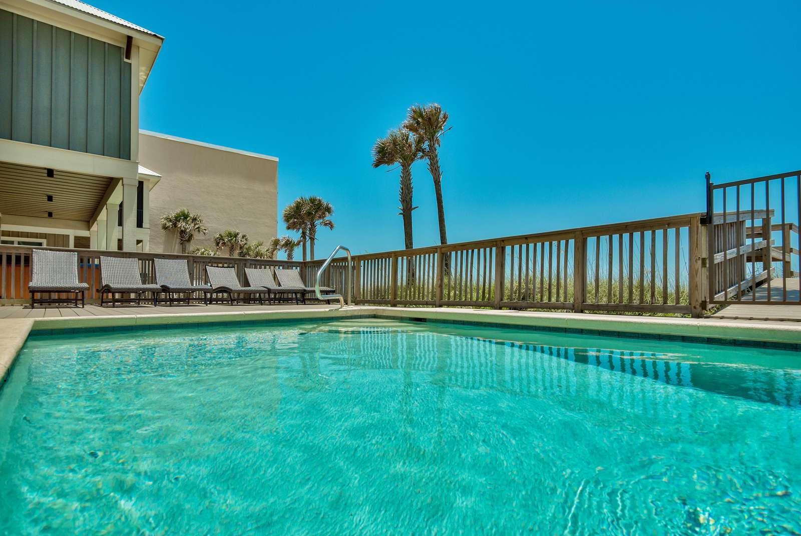 Spacious Private Beachfront Pool