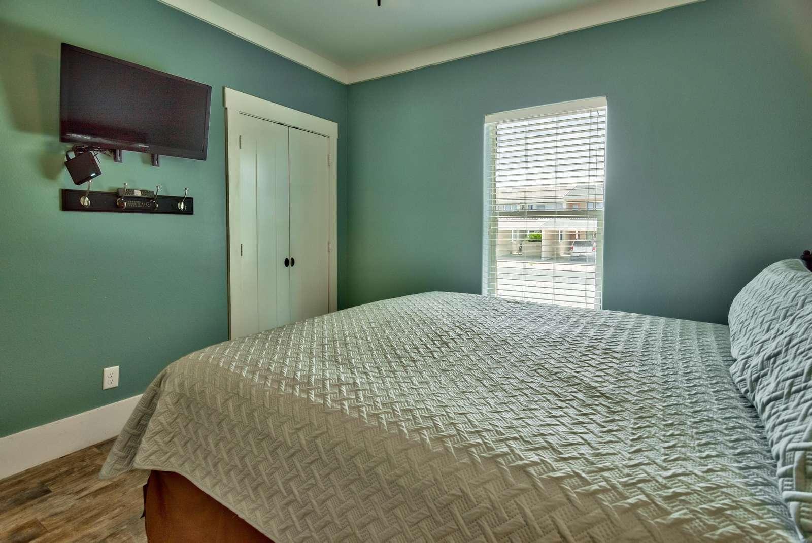 Bedroom 2 - 2nd View