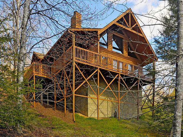 Fire Lit Nights – Country Pines Resort (2 BR) - property