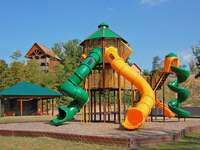 Starr Crest Resort Playground thumb