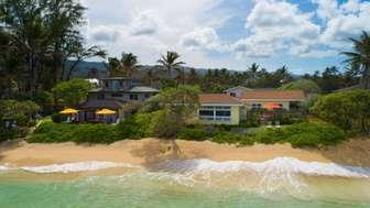Tiki Moon Villas's beachfront with (left to right): OCEAN SUN, OCEAN BREEZE, + ALOHA SUNRISE 3. thumb