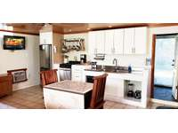 COCO BUNGALOW: large kitchenette. thumb