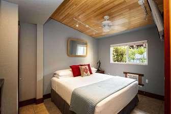 BAMBOO 2: bedroom #1, Cal. King bedding. thumb