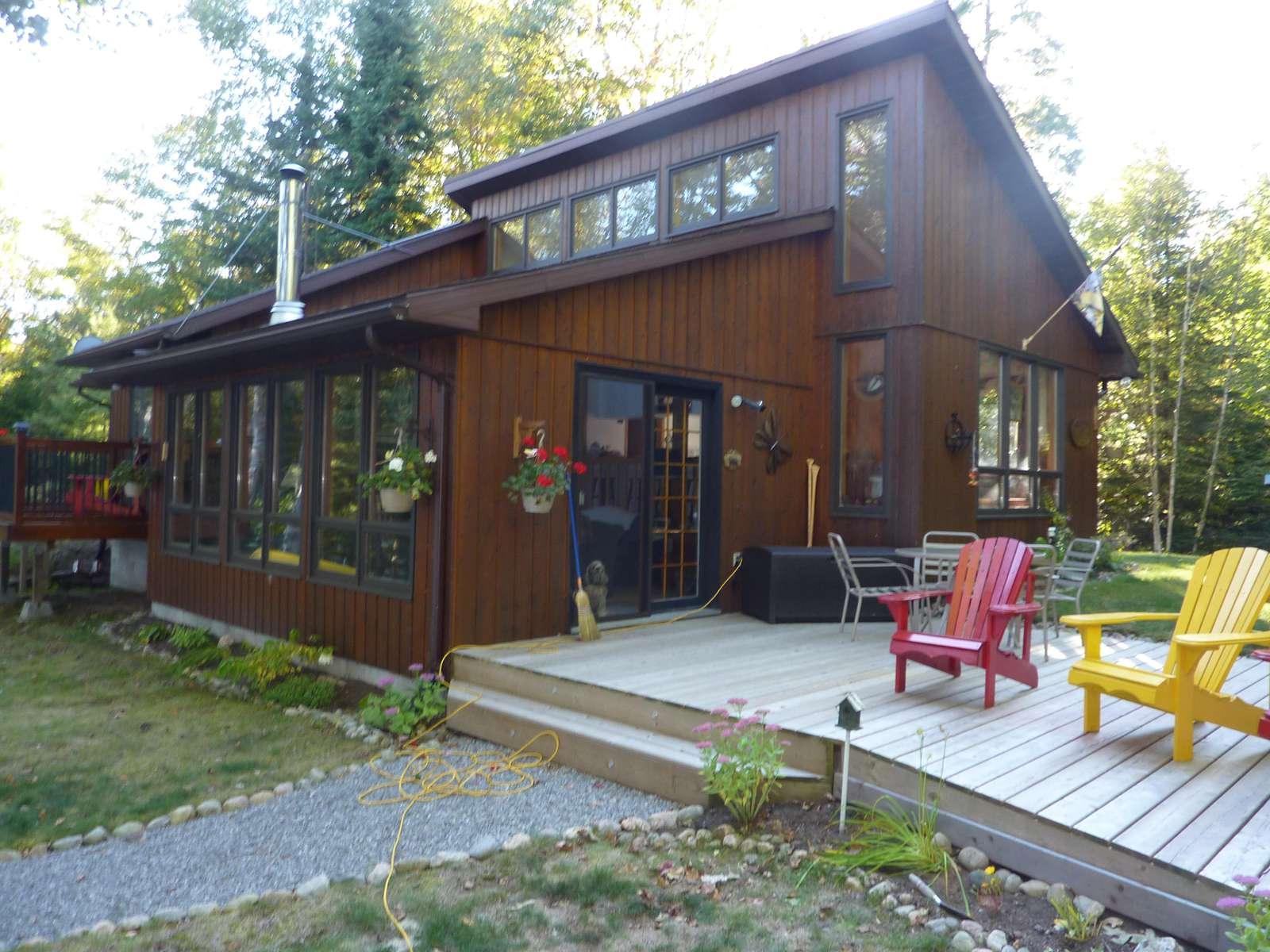 1165 Drag Lake Cottage - property