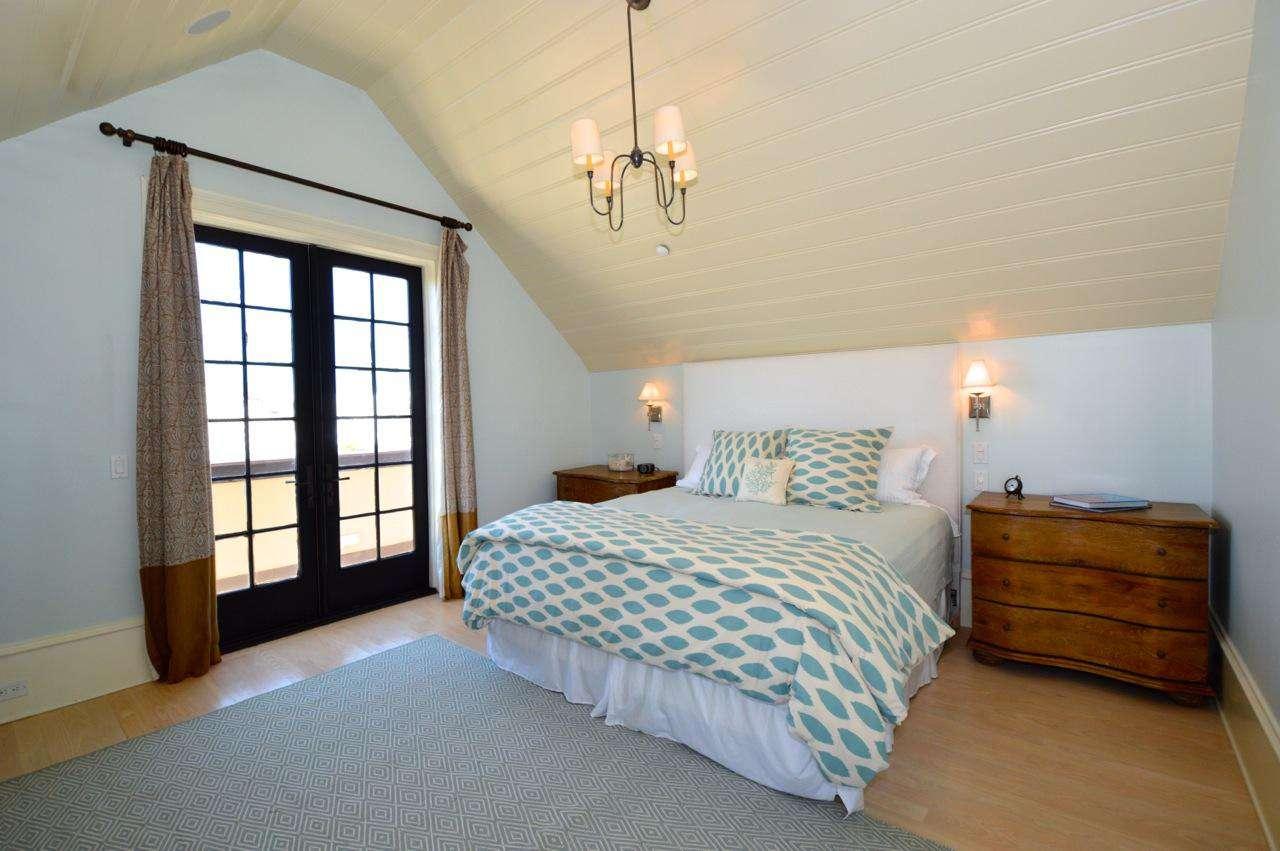 3rd Floor Master Bedroom Suite: King Bed, Private Seating Area and En Suite Bathroom