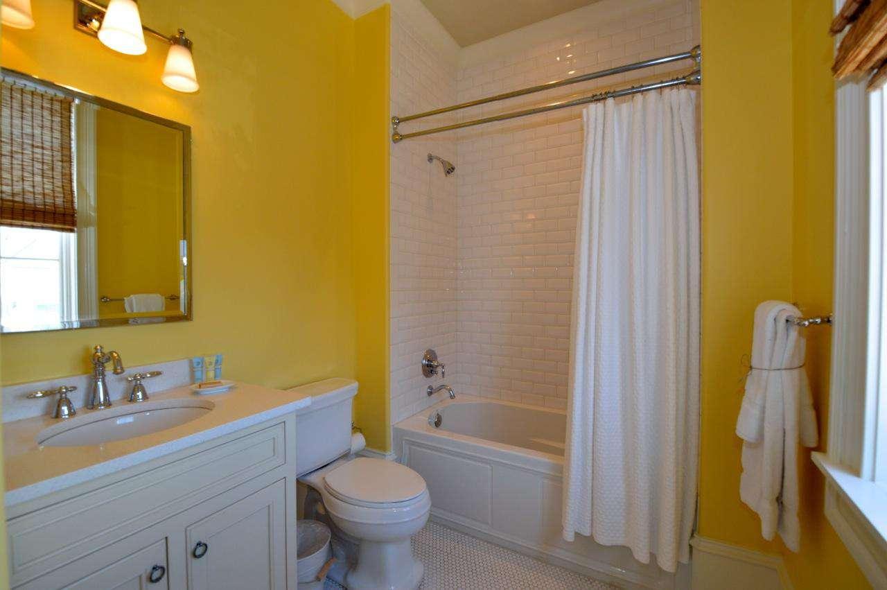 2nd Floor Queen Bedroom (2) Private Bathroom: Tub/Shower Combination