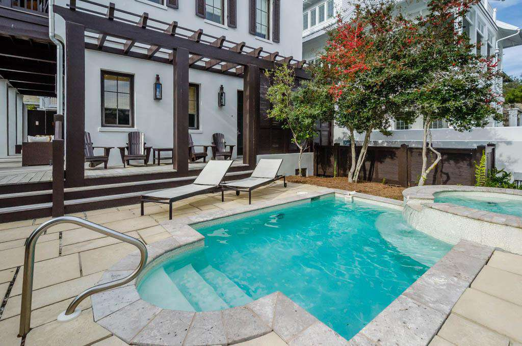 Private Pool - Relax and Unwind!