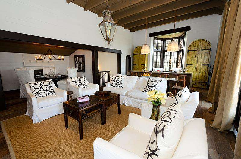 Main room combines a dining inglenook, comfortable entertainment/TV area and a large fully equipped kitchen