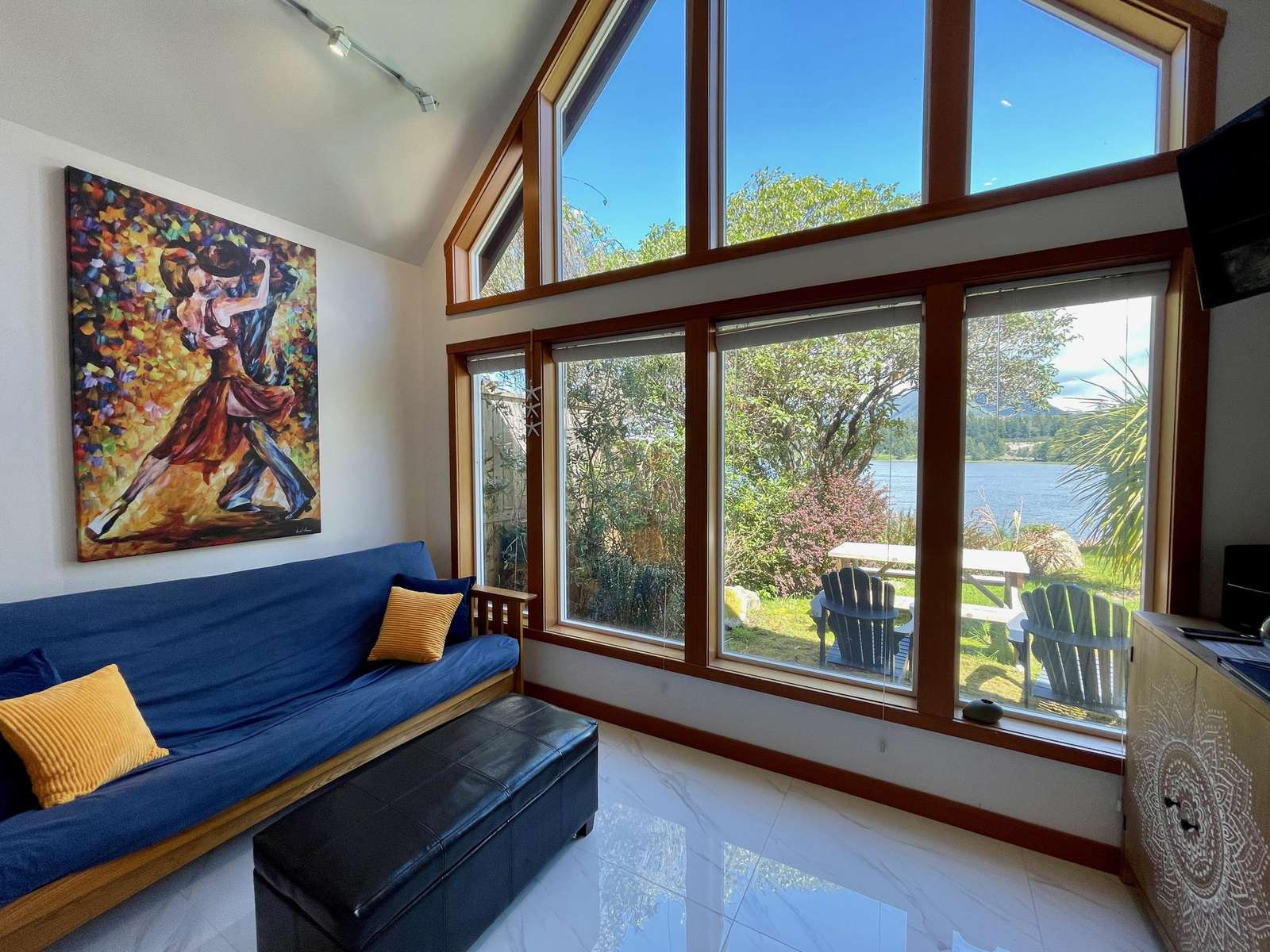2H – Gone With The Wind Cabin ( Oceanfront ) - property