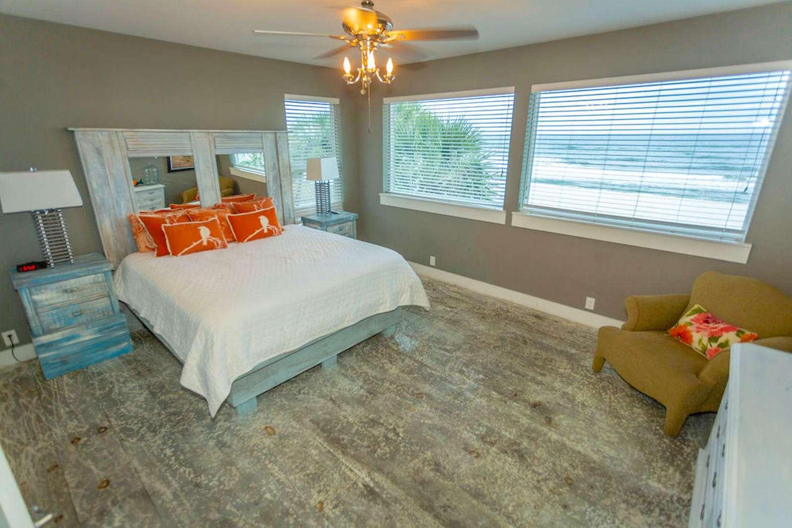 Bedroom # 4, king bed /bath/flat screen