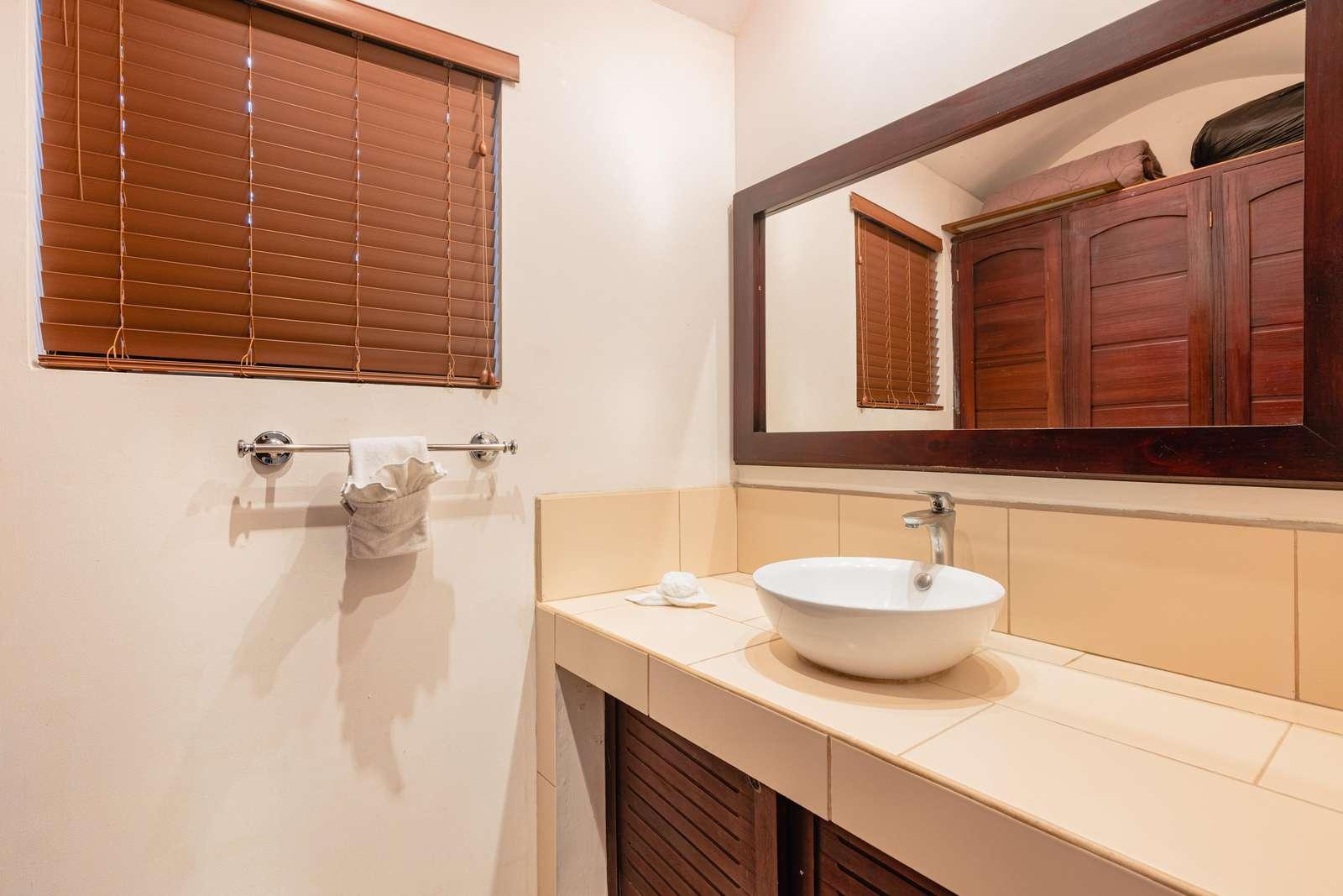 Vanity area, master bathroom