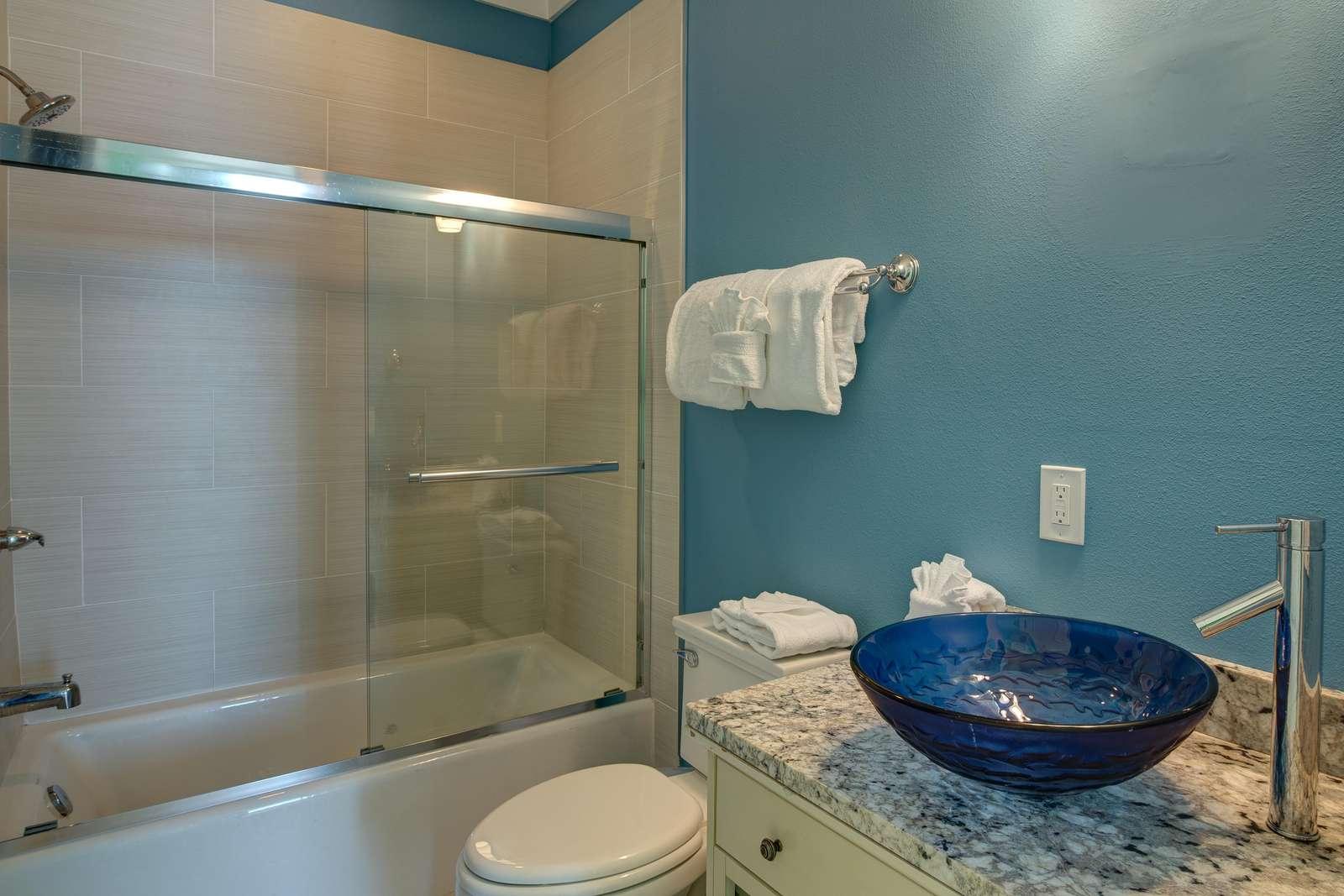 Bedroom 7 & 8 Bathroom