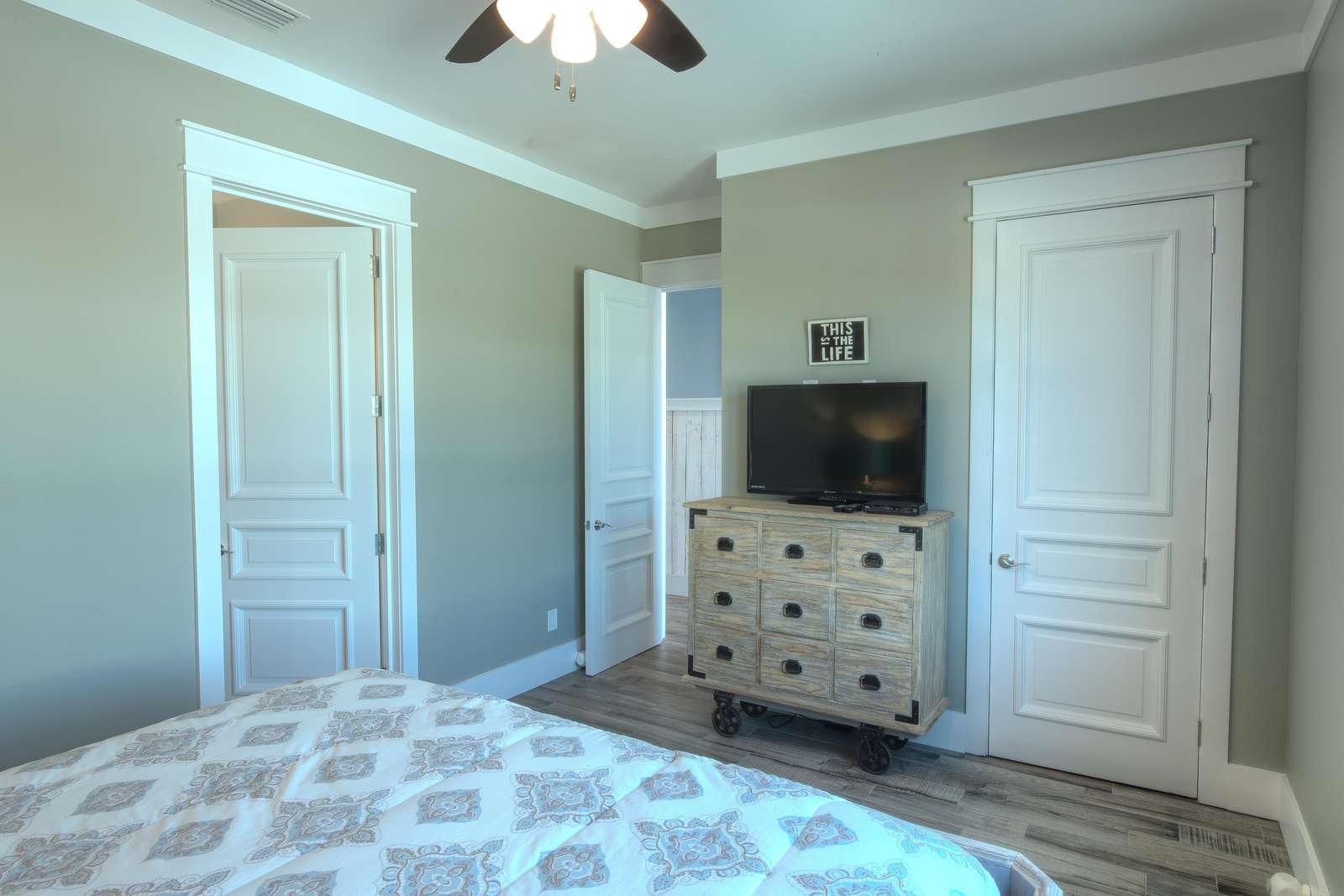 King Bedroom 2 - View 2