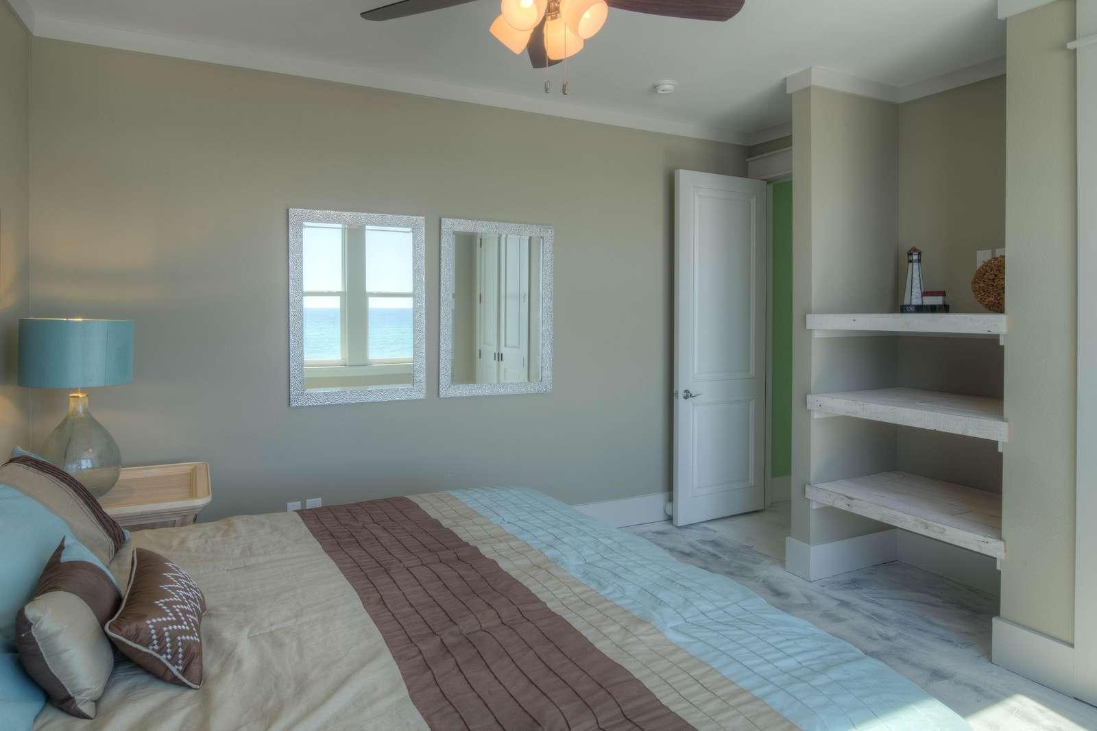 King Bedroom 4 - View 2