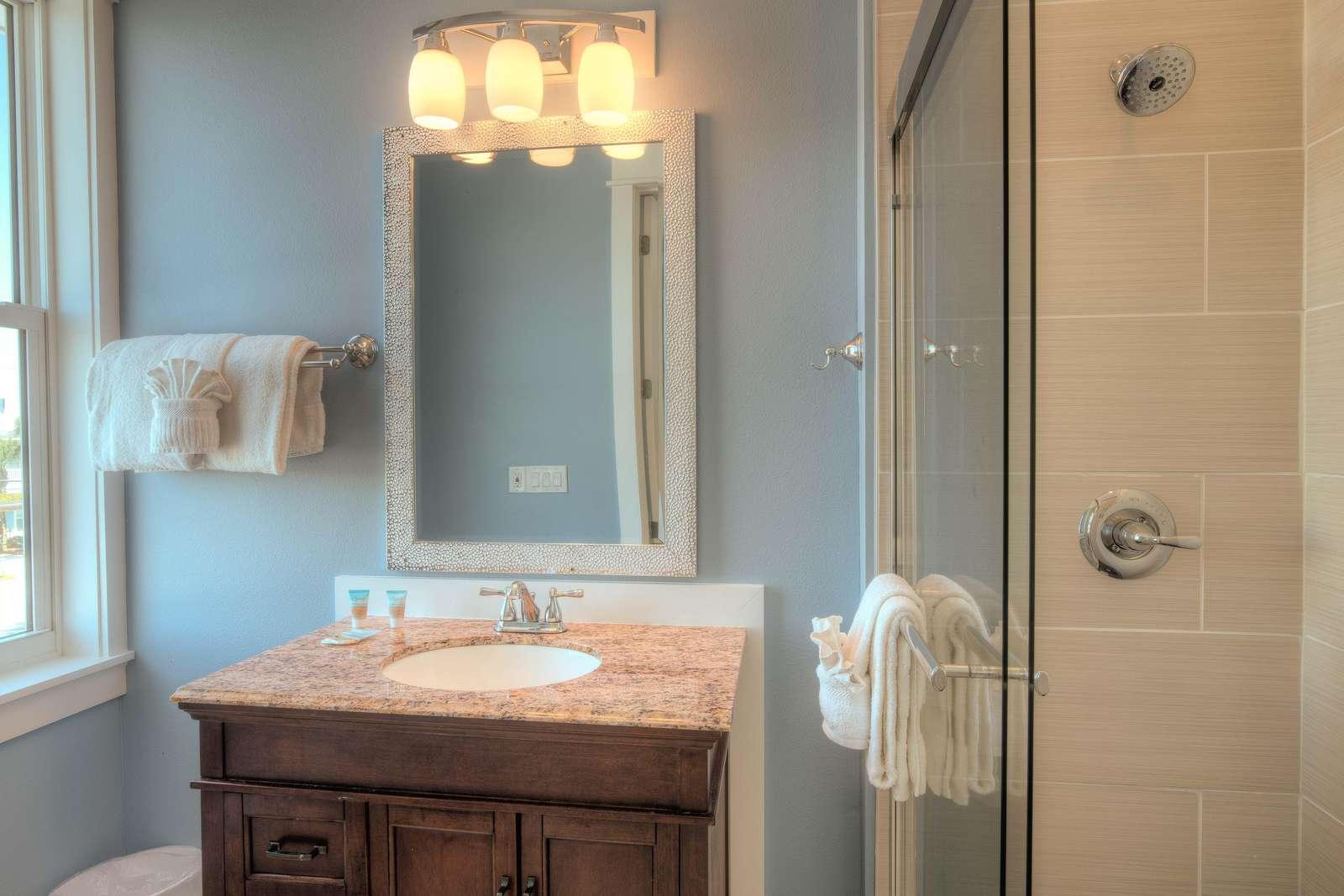 Bedroom 6 - Private Bath