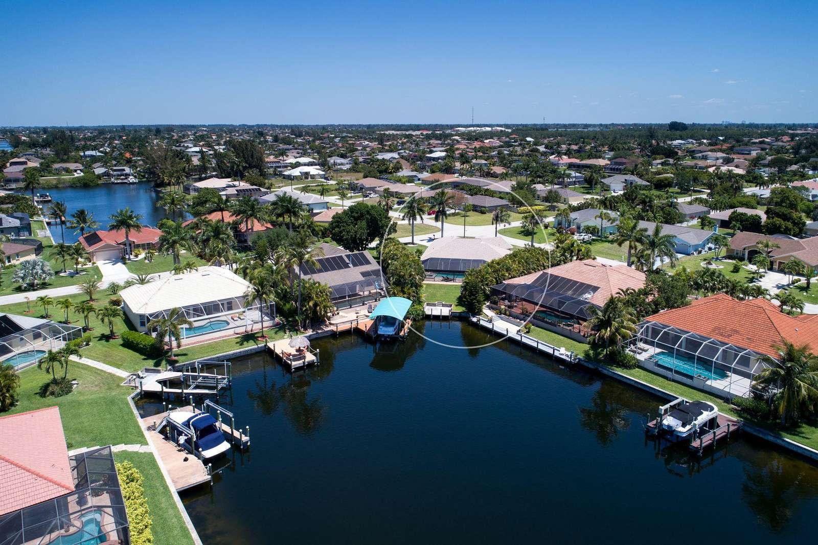 Wischis Florida Villa - Ferienhaus Cape Coral - Treasure Island - Hausverwaltung - Immobilien