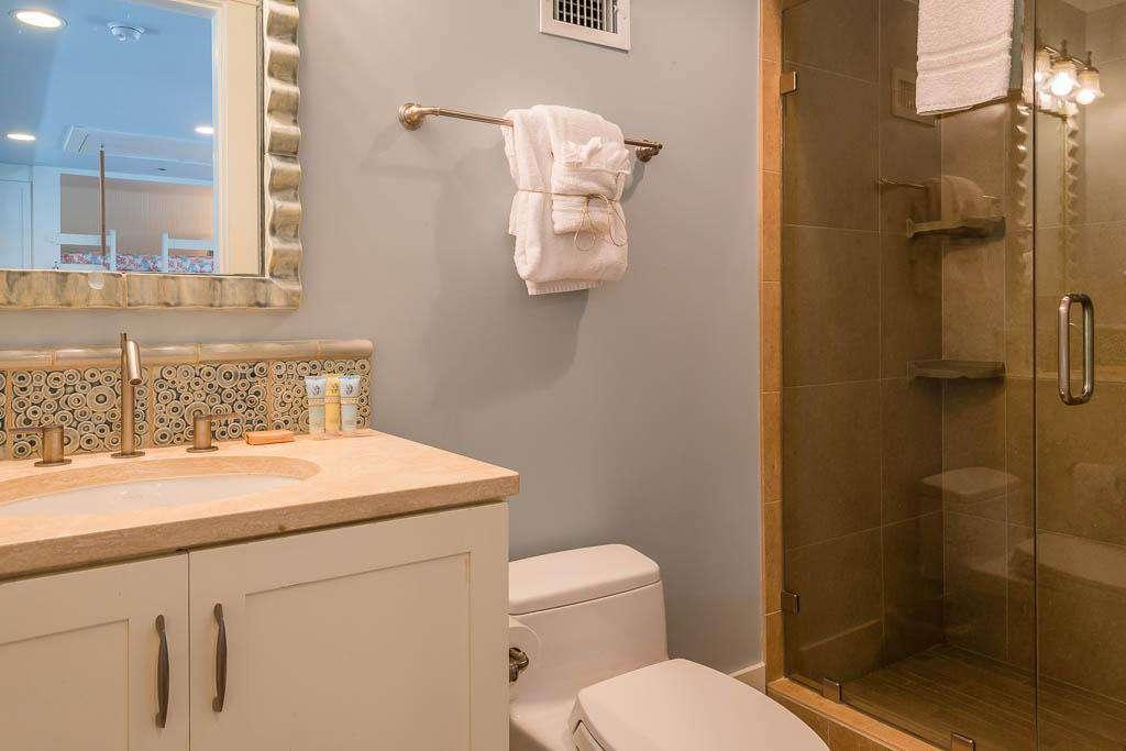 3rd Floor Bath Adjoining Loft Area - Glass Enclosed Shower