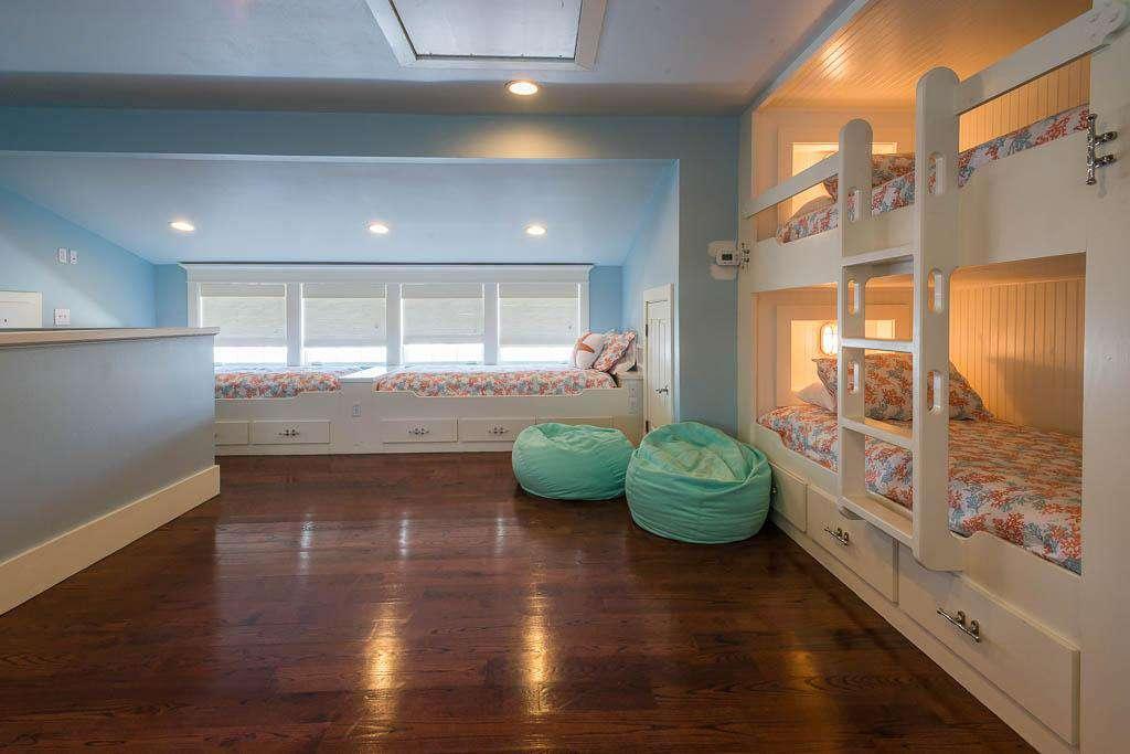 3rd Floor Loft Area - Sleeps 6 in Bunk Type Beds