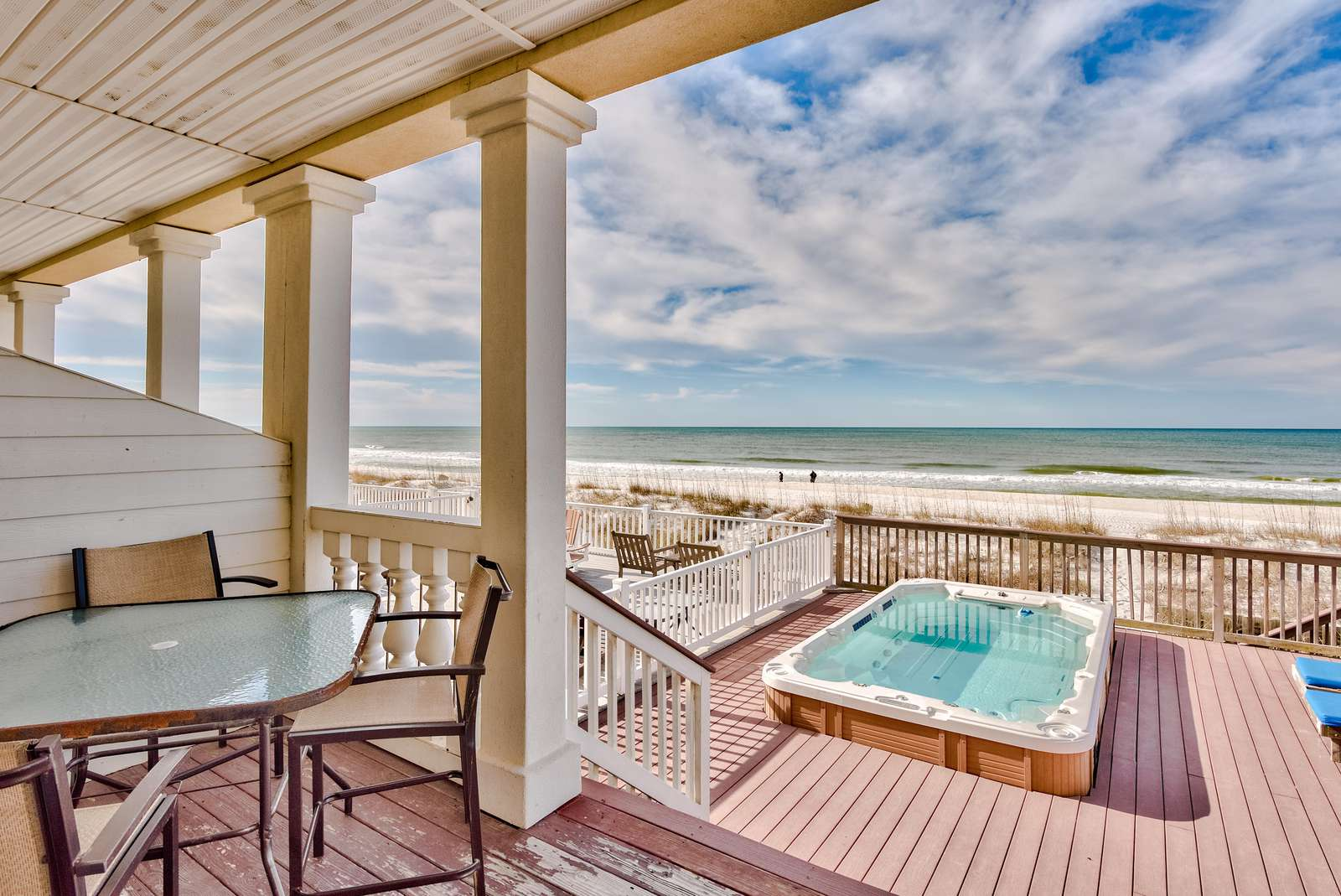 Bella Casa - 5 Bdrm Directly on the Beach & Private Plunge Pool!