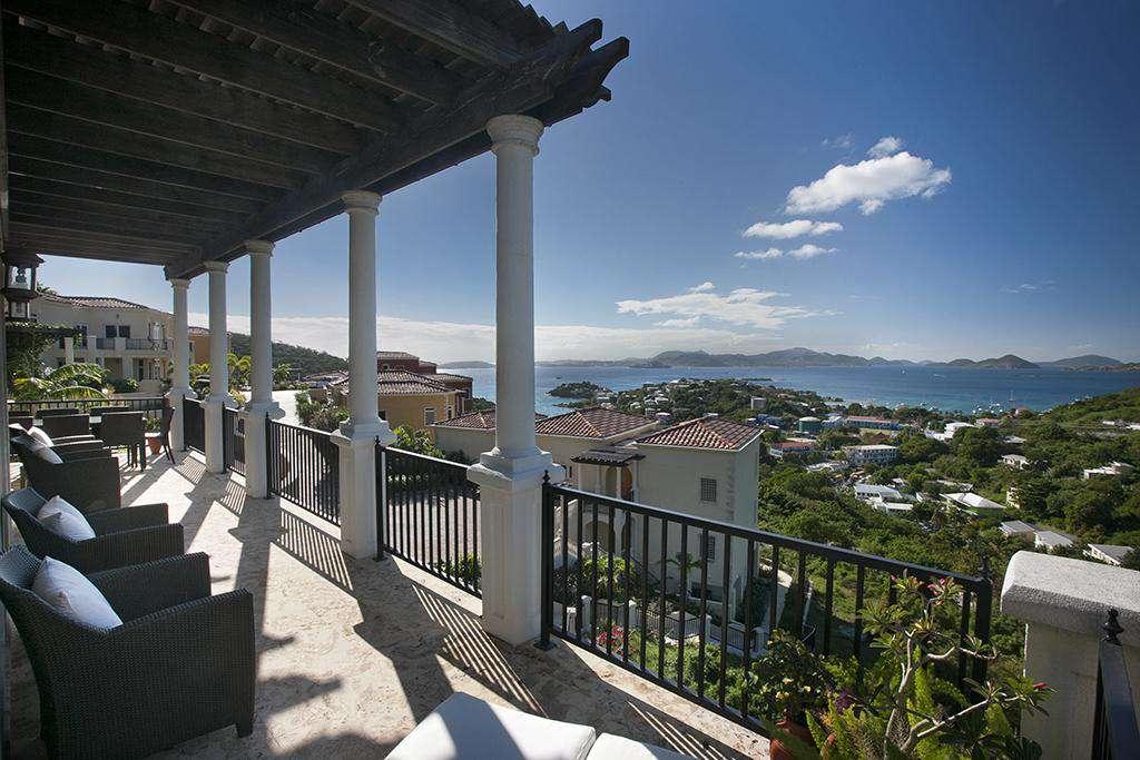 Wonderful Cruz Bay View