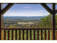 Perfect Porch City View thumb