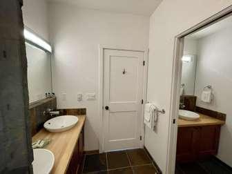 Second bedroom bathroom with splitter thumb