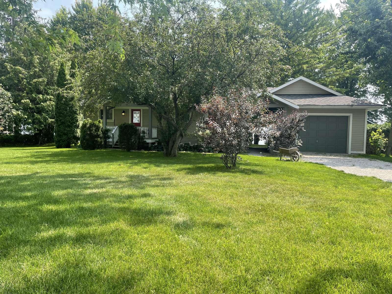 0907 Southview - property