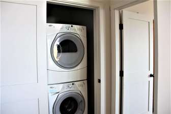 (In Room) Front load washer and dryer thumb