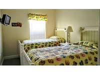 girls room (twin beds) thumb