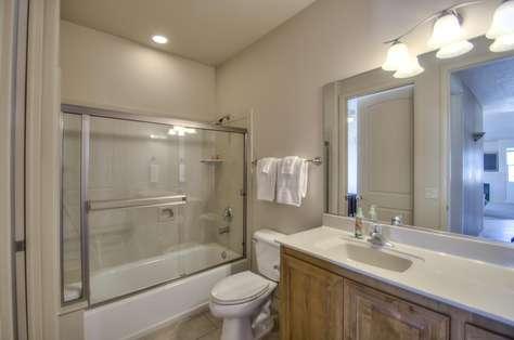 Bedroom #2 en Suite