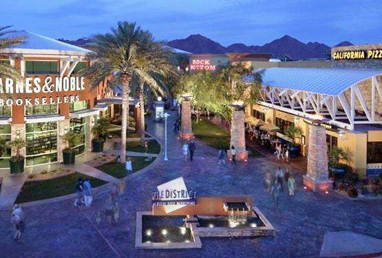 Minutes to the best shopping and dining in Scottsdale