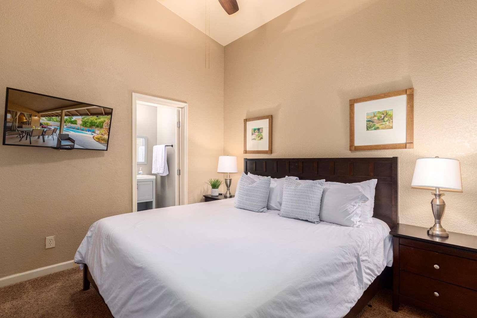 2nd Bedroom Has A King Bed/TV/Bathroom.