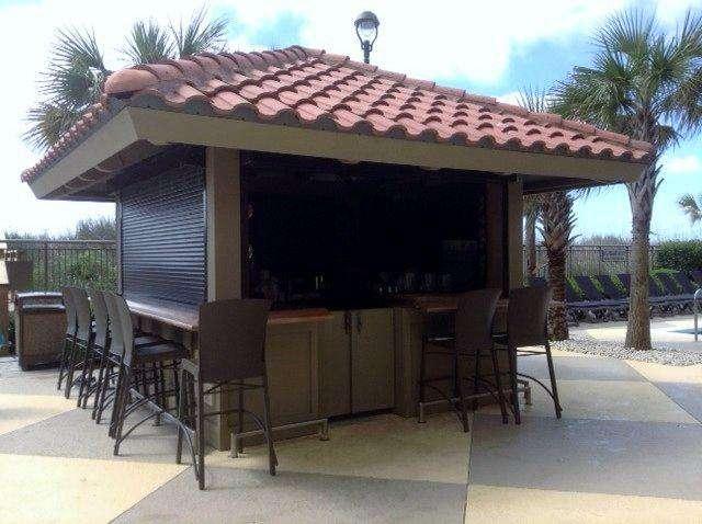 Seasonal Tiki Bar