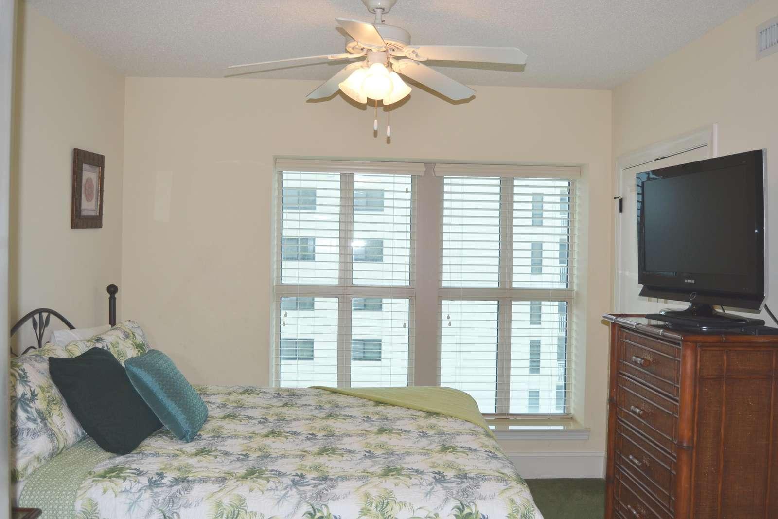 Guest bedroom, king bed, ocean views