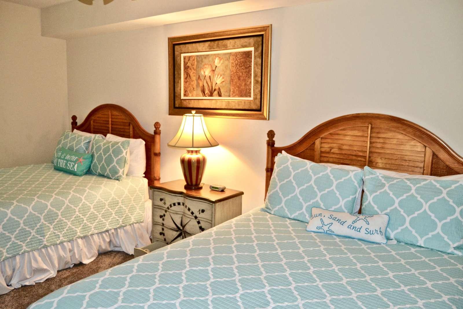 Third bedroom, 2 Queens