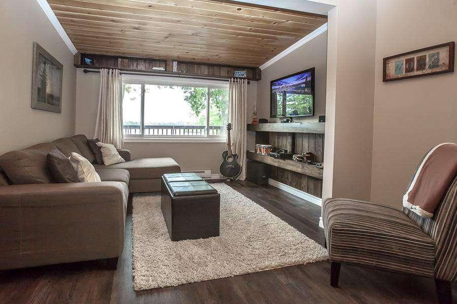 Brand new living area