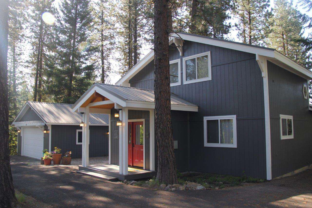 Cottage in the Pines - property
