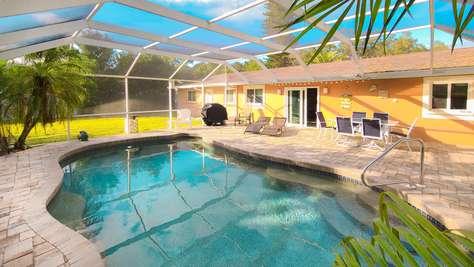 Gorgeous West Bradenton Pool Home