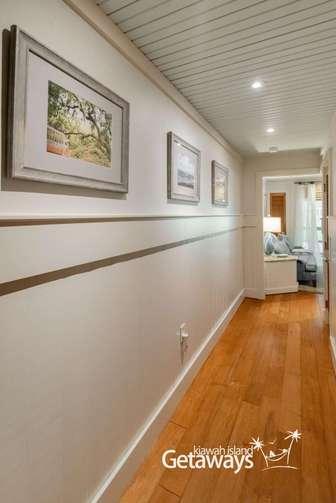 Hallway in the Shade Villa thumb