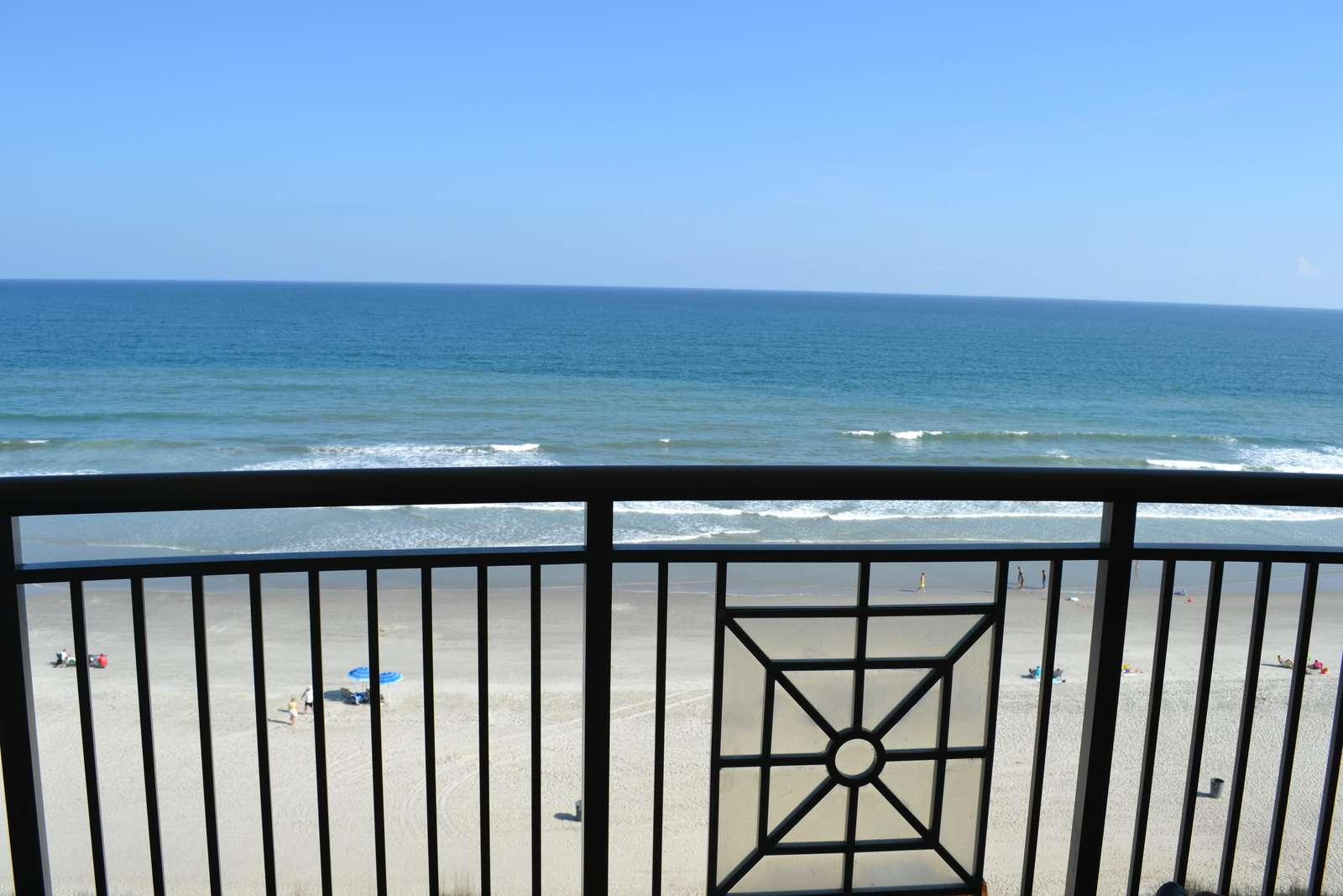 Direct, oceanfront views