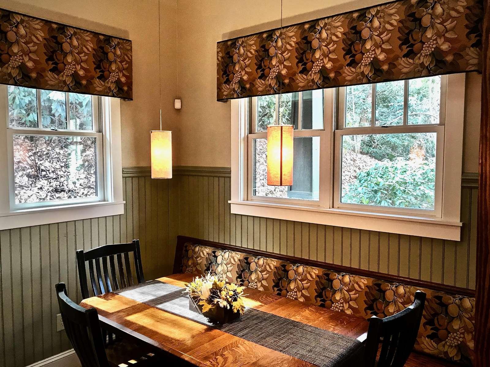 Cozy Dining Nook