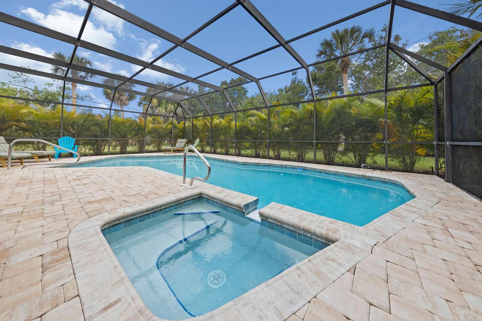 The Palms Cottage – 325 - property