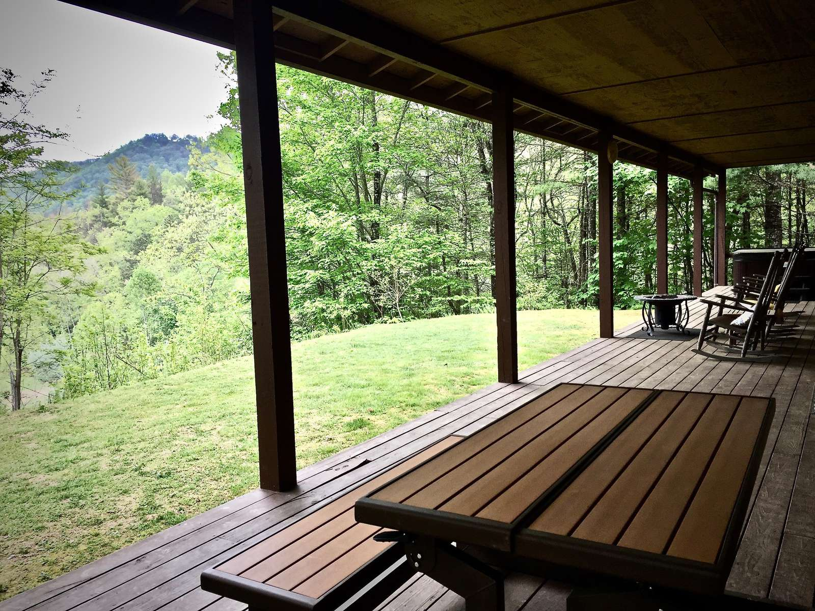 "Dine inside, or ""Al Fresco""...PicNic Table, Several Rockers, and Lovely Views over the Pasture and Mountains beyond"
