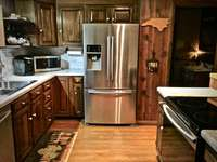 Newly remodeled (2017) Kitchen is a Chef's Delight! thumb