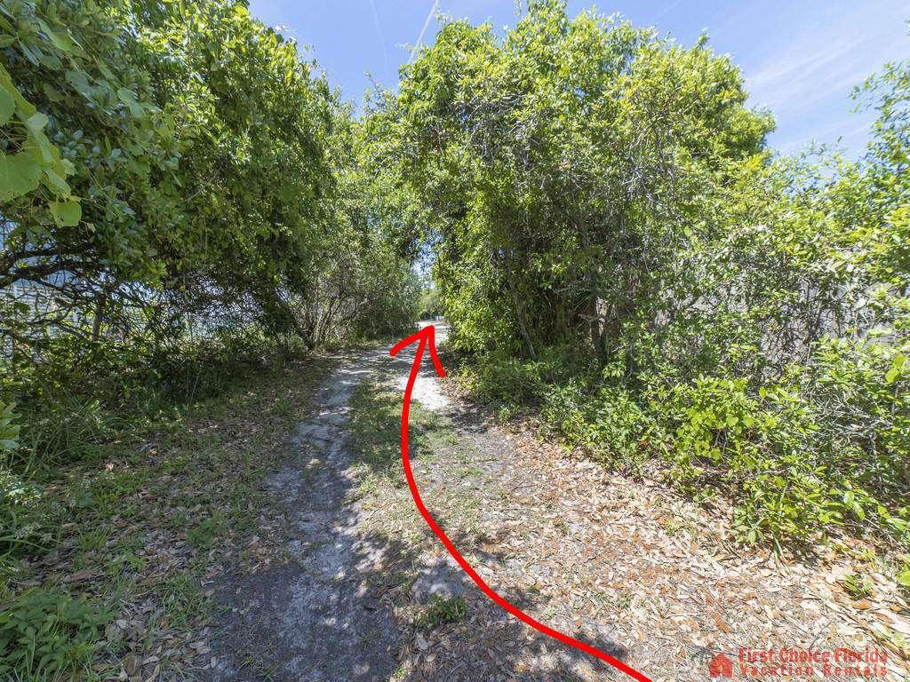 Magnolia Beach House - Entry to Beach Path